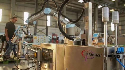 UR+帮助Clearpack设计创新的 码垛解决方案 3