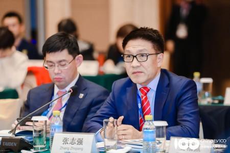 张志强出席中国电动汽车百人会理事会会议