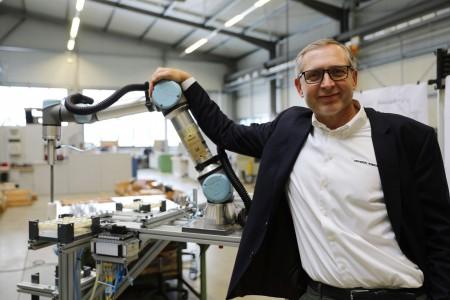 优傲机器人总裁JürgenvonHollen